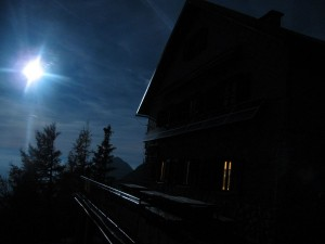 Polna luna nad Kališčem
